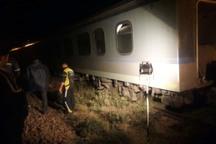 واگن های حادثه دیده قطار زنجان-تهران به قزوین منتقل شدند