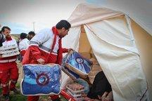 بیش از 1300 تخته پتو و چادر در مناطق زلزله زده کرمانشاه توزیع شد