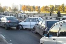 تصادف زنجیره ای در جاده زرین شهر به فولادشهر 14 مصدوم داشت