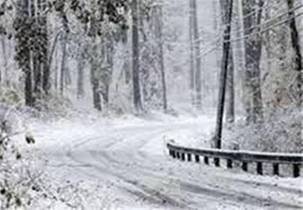 بارش برف در بخش کوهستانی دیلمان کشاورزان را خوشحال کرد