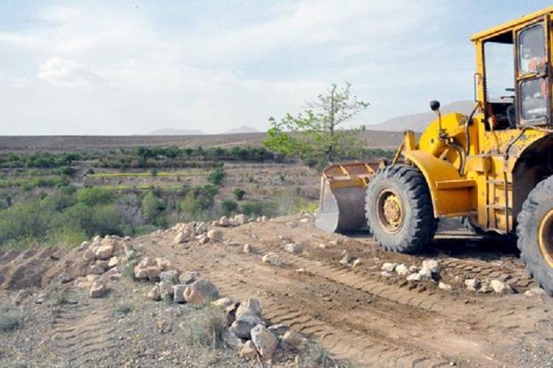 57 هزار متر مربع از اراضی ملی کامیاران رفع تصرف شد