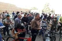 همایش دوچرخه سواری همگانی 'نه به دخانیات' در عجب شیر برگزار شد