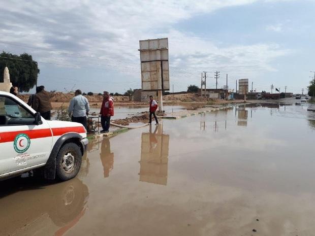 98 شهروند گرفتار سیلاب توسط هلال احمر امدادرسانی شدند
