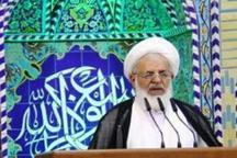 امام جمعه یزد: رفع مشکلات مردم، محور حرکت دولت جدید باشد
