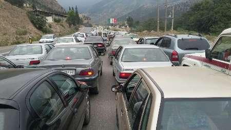 تردد در جاده کندوان نیمه سنگین است