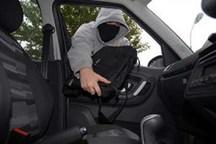 سارق محتویات و قطعات داخل خودرو در سنندج دستگیر شد