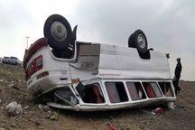 ۹ نفر بر اثر واژگونی مینی بوس در حوالی مشهد مجروح شدند