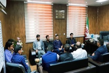 دیدار جمعی از دهیاران بخش مرکزی حمیدیه با سرپرست فرمانداری شهرستان