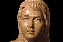 پروین  ، سفیر صلح و مهربانی در آسمان شعر ایران بود