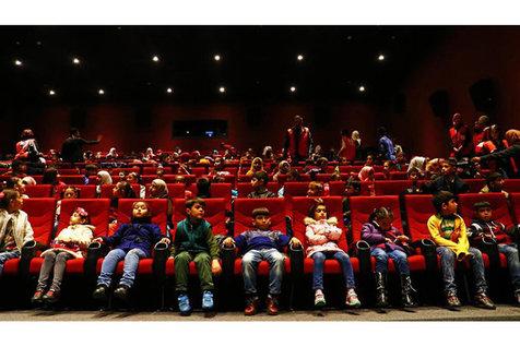 امروز و فردا سینماهای جشنواره در سالروز شهادت حضرت زهرا (س) تعطیل شد
