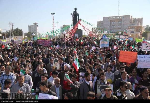 22 بهمن نمایش اقتدار ایران اسلامی است