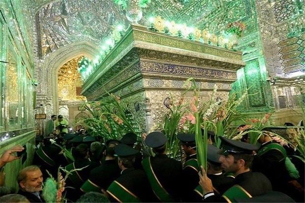 جشنهای مردمی دهه کرامت فارس را غرق شادی میکند