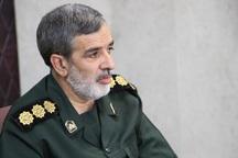 مردم در دفاع از آرمان های انقلاب اسلامی عقب نشینی نمی کنند