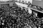 کدام مجلس ختم پیش از انقلاب، محل تجمع همه گروه ها بود؟