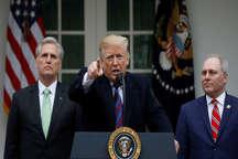 ترامپ کنگره را تهدید کرد: دولت را برای سالها تعطیل و حالت فوق العاده اعلام می کنم