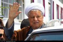 آیت الله هاشمی رفسنجانی شناسنامه درخشان انقلاب اسلامی است