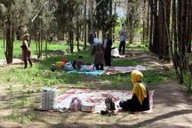 شهروندان فسا از طرح روز طبیعت بدون زباله استقبال کردند