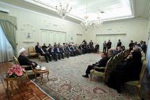 روحانی: جلوگیری از ورود کمک های بین المللی به آسیب دیدگان، یک جنایت بی سابقه است/ درحادثه بی سابقه سیلاب اخیر همه از مردم گرفته تا مسئولان، پای کار بودند