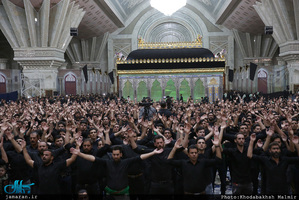 مراسم عزاداری شب عاشورای حسینی (ع) در حرم امام خمینی