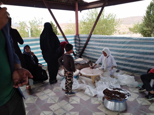 گردشگران از جشنواره انار و خرمای خاوران جهرم استقبال کردند