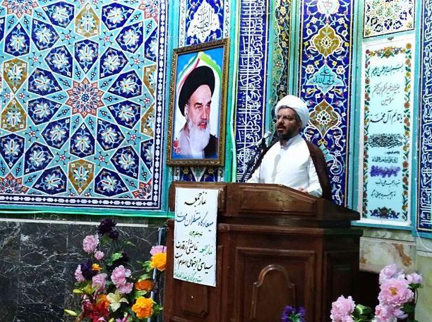 وحدت کلمه و ایمان به خدا رمز پیروزی انقلاب اسلامی بود