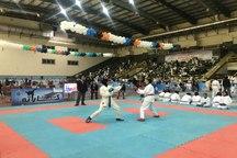 نوجوان هرمزگانی طلای لیگ کاراته وان را به گردن آویخت