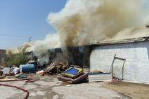 آتش سوزی گسترده کارگاه مبل در بجنورد مهار شد