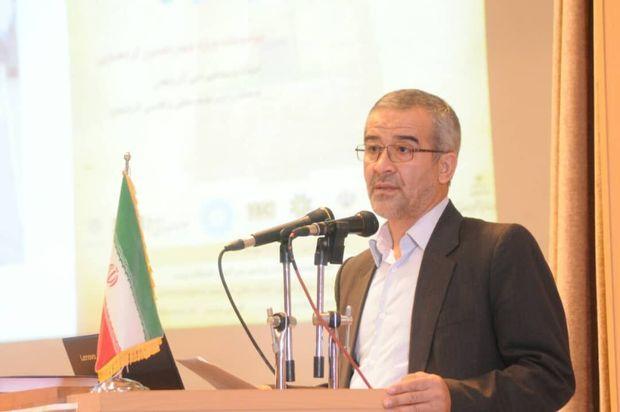 زبان و ادبیات فارسی نقطه اشتراک همه ایرانیان است