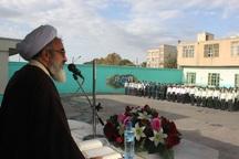 نظام اسلامی به برکت نیروهای مسلح با قامت استوار ایستاده است