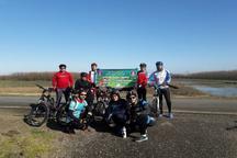 137 کیلومتر رکاب زنی به عشق تالاب انزلی