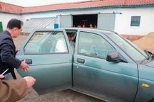 عکس/ رهبر کره شمالی سوار بر خودروی روسی