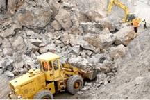 مسیر سمیرم به پادنا در استان اصفهان مسدود است