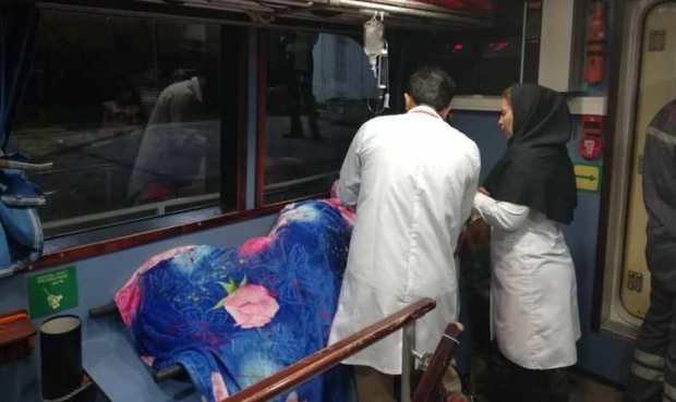 زن باردار خارگی با شناور ناجی به بیمارستان منتقل شد