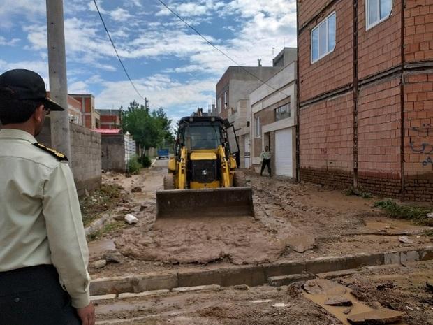 سیل به 100 واحد مسکونی شهر آشخانه خسارت زد