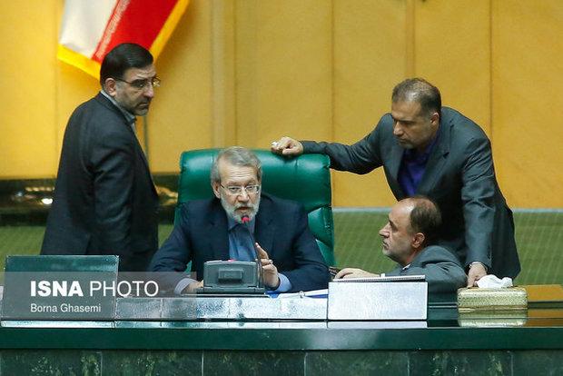 گزارش لاریجانی از جلسه غیر علنی مجلس