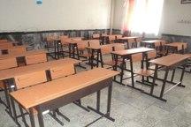 استاندار آذربایجان شرقی 150 نیکمت مدرسه ای اهدا کرد