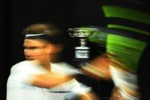 ستاره تنیس مُچ خبرنگاری که وسط کنفرانس خوابیده بود را گرفت! +ویدیو