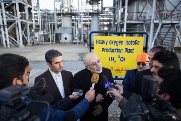 تولید اکسیژن 18 در سایت خنداب نتیجه عزم و اراده ملی است