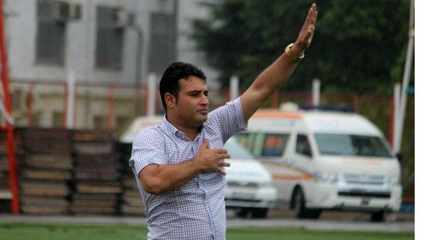 علی نظرمحمدی سرمربی خونه به خونه استعفا کرد