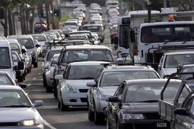 سهم حمل و نقل عمومی در کلانشهر اصفهان رو به کاهش است