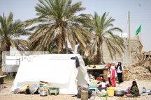 کار نصب ۱۶۰ دستگاه چادر در روستای رودبار کنچی بستک هرمزگان آغاز شد
