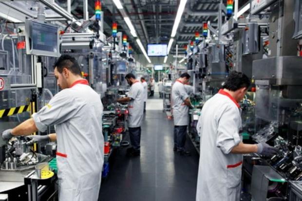 «رونق تولید» بازویی توانمند برای تحقق اقتصاد مقاومتی