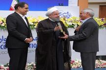 رئیس جمهور روحانی:  امام(ره) فرمودند کسی که میخواهد خدمت بزرگی در جامعه انجام بدهد باید خودش را برای فحش خوردن آماده بکند
