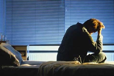 محققان بریتانیایی: تنهایی منجر به بیخوابی شبانه می شود