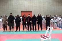 بانوان مهابادی قهرمان رقابت های کاراته آذربایجان غربی شدند