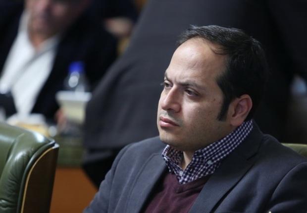 عضو شورای تهران:استفاده از ظروف یکبار مصرف در شورا ممنوع شود
