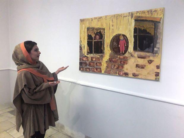 گامهای استوار نقاش جوان
