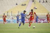 نمایندگان خوزستان در لیگ برترفوتبال پنج بازیکن محروم دارند