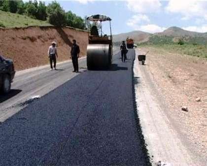 40 کیلومتر راه در سطح 18 روستای ایلام آسفالت شد