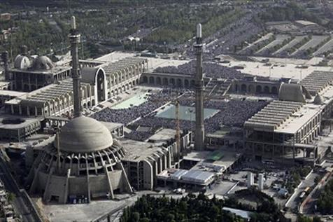 موافقت امام با ساخت مصلایی بدون زرق و برق